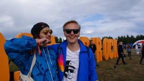 Opiskelijat Teemu Koistinen (vas.) ja Tuomo Tossavainen pitivät Placeboa ja Tom Odellia vuoden 2015 Ilosaarirockin parhaina keikkoina.