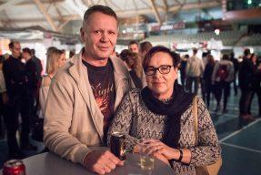 Aila ja Hannu Lehtoranta eivät ole antaneet iän rajoittaa. livemusiikin pariin hakeutumista